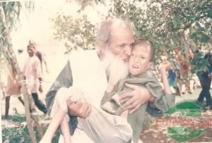 Mr. Edhi with mentally ill child